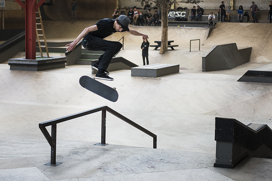 Best-Of-The-West-Eindhoven-2014-Simon-Deprez-Hardflip-bs-lip