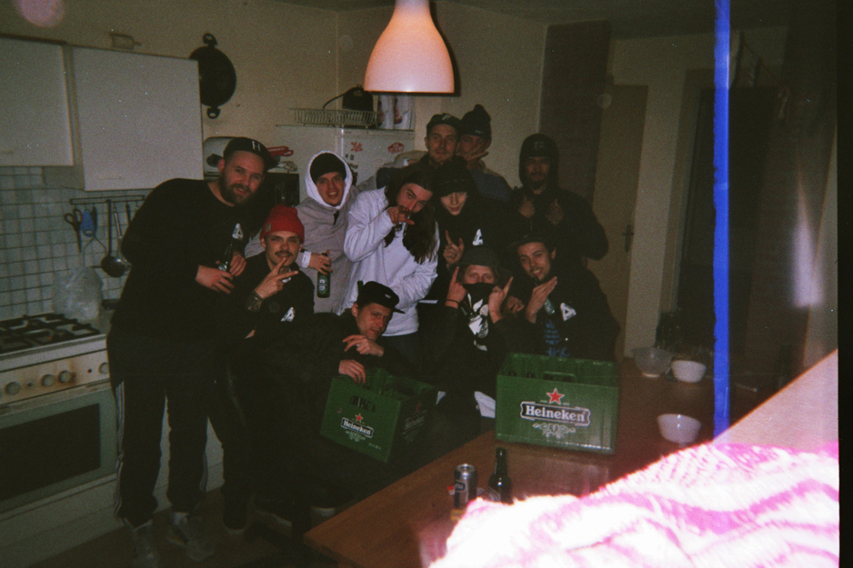 Disposables-Hugo-Snelooper-POP-Teampicca