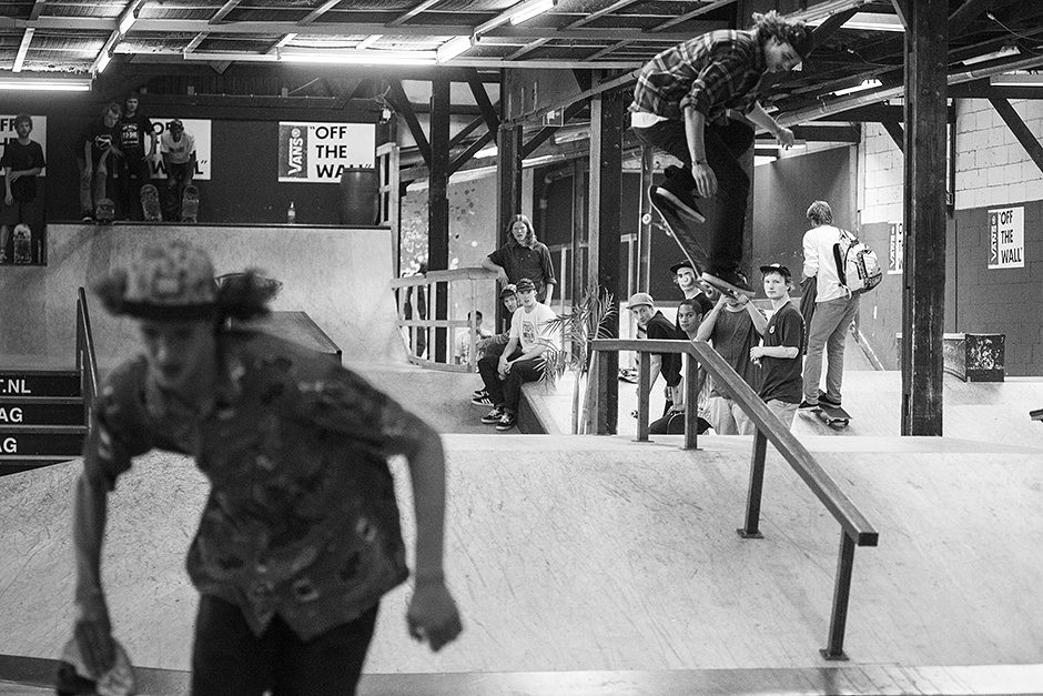 Burnside-skatenight-mountain-dew-Rob-Maatman-Flover-Bs-Noseblunt
