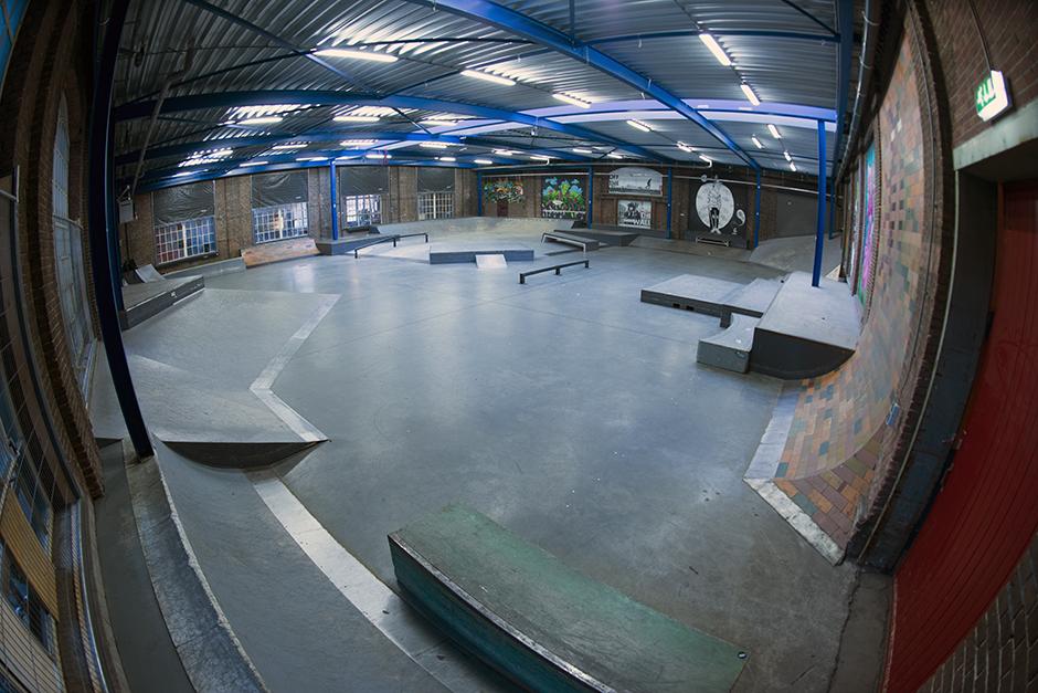 Ladybird-Skatepark-Tilburg-park-19