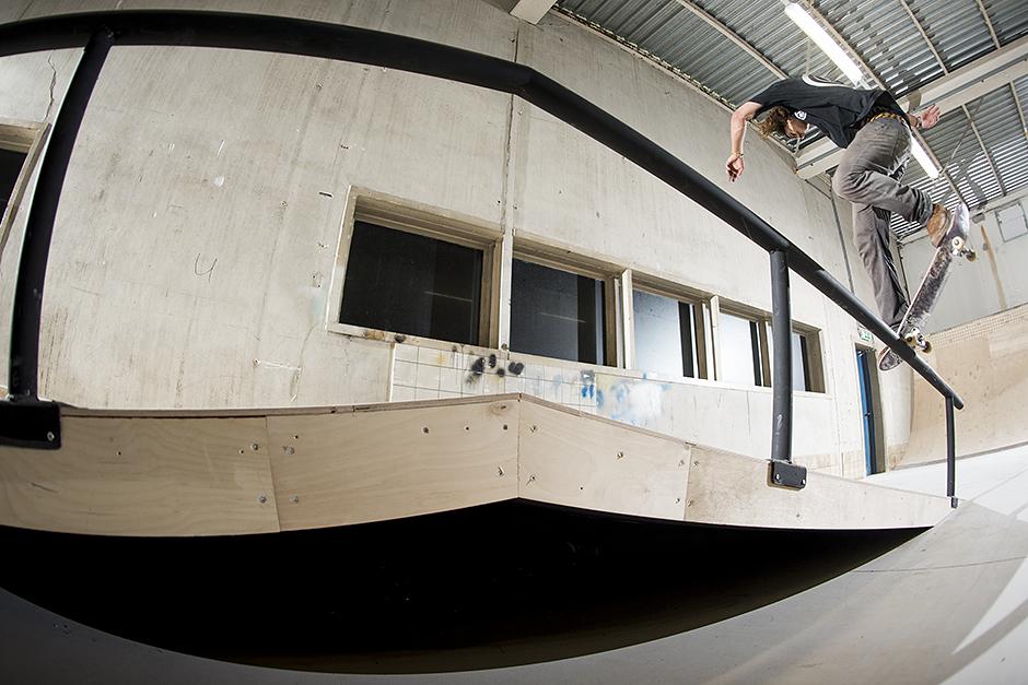 RealX-Skatepark-Apeldoorn-Rob-Maatman-Back-Noseblunt