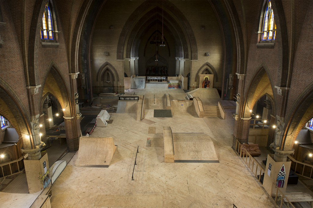 Church-Skatehal-Arnhem-2015-Netherlands-skatepark-2