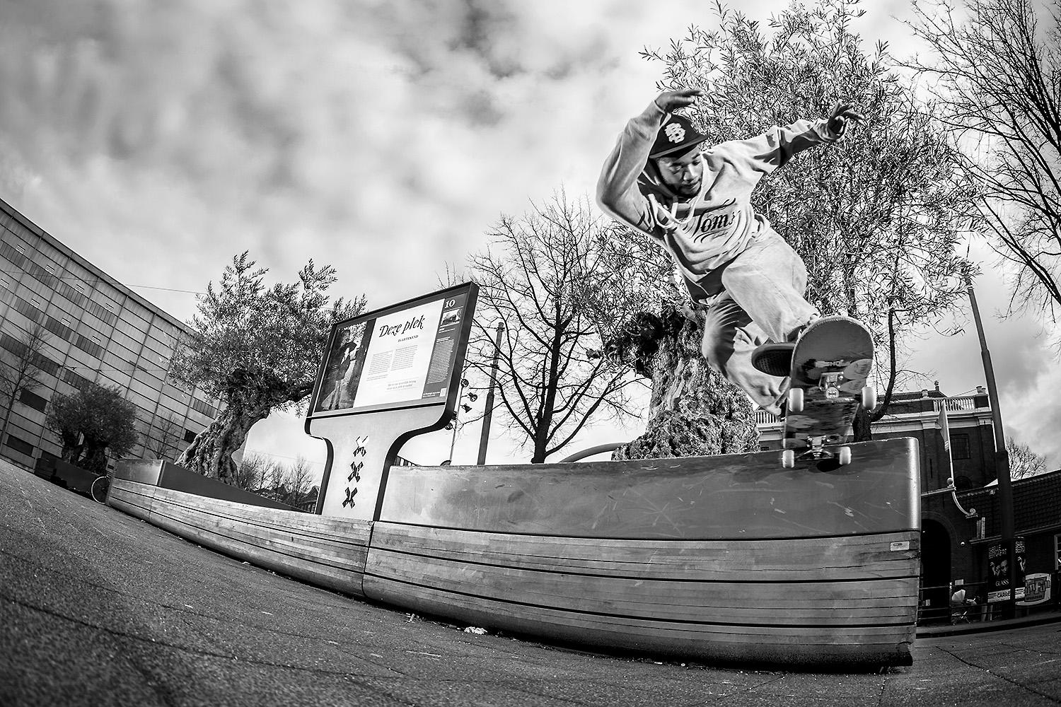 Mitchel Linger - Backside tailslide