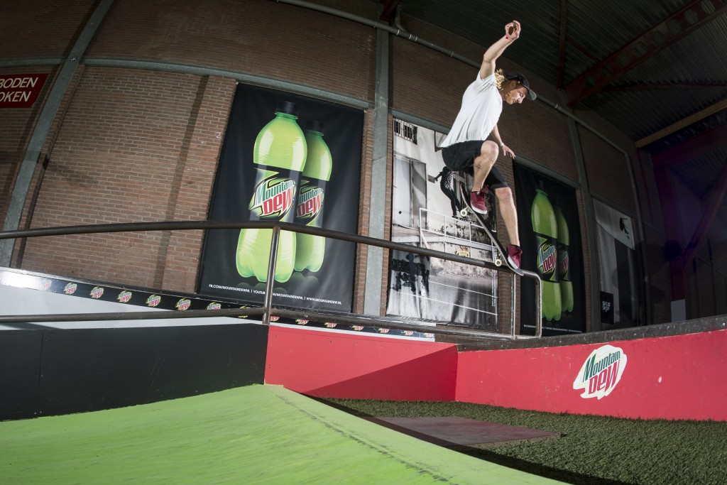 Dew-Tour-Bootcamp-Den-Haag-Woody-Hoogendijk-Back-Overcrooks