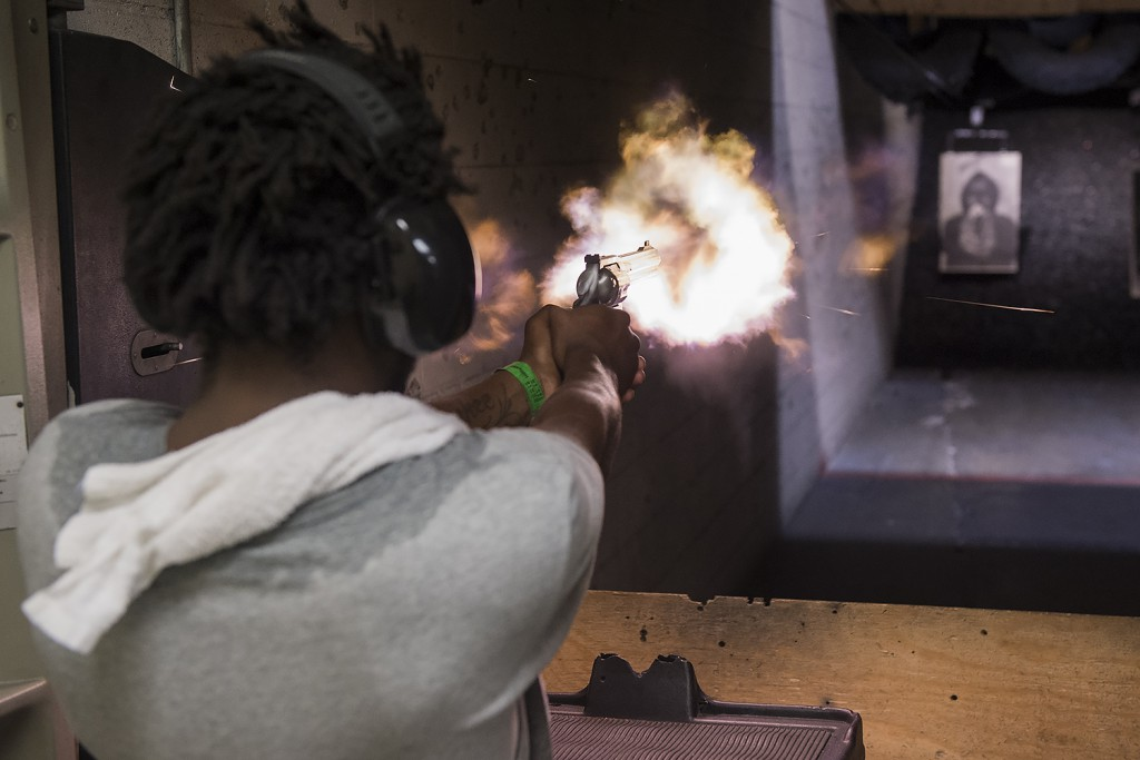 LA-GUN-CLUB-Shajen-shot