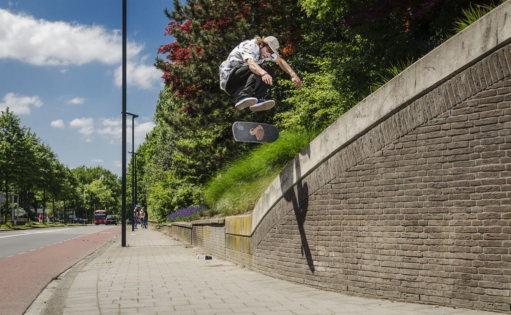 Leon Wolters - Kickflip copy