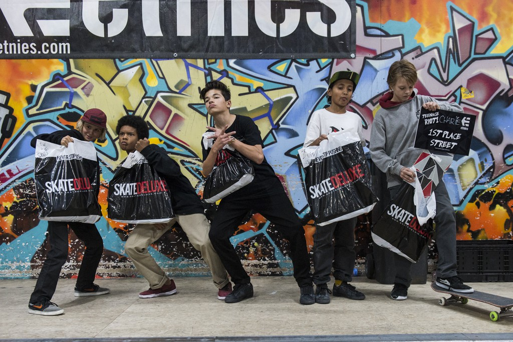 Teenage-Riot-2015-Skateland-Rotterdam-winnaars-11-14-sponsor