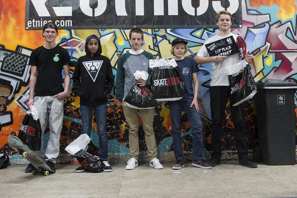 Teenage-Riot-2015-Skateland-Rotterdam-winnaars-14-16-sponsor