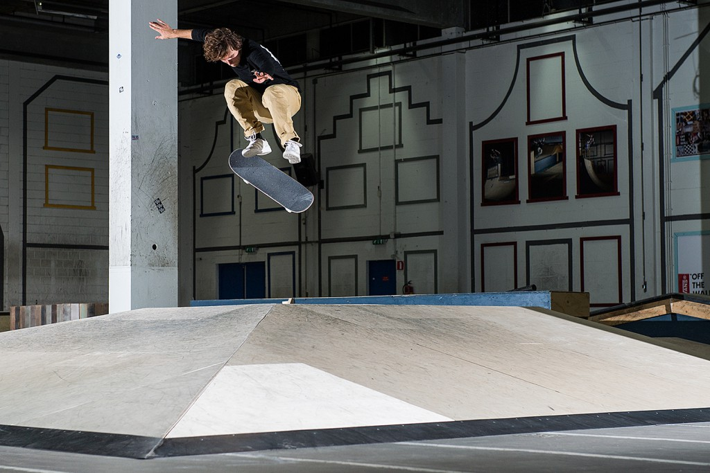Minite-Man-Koen-Mulder-Switch-Flip