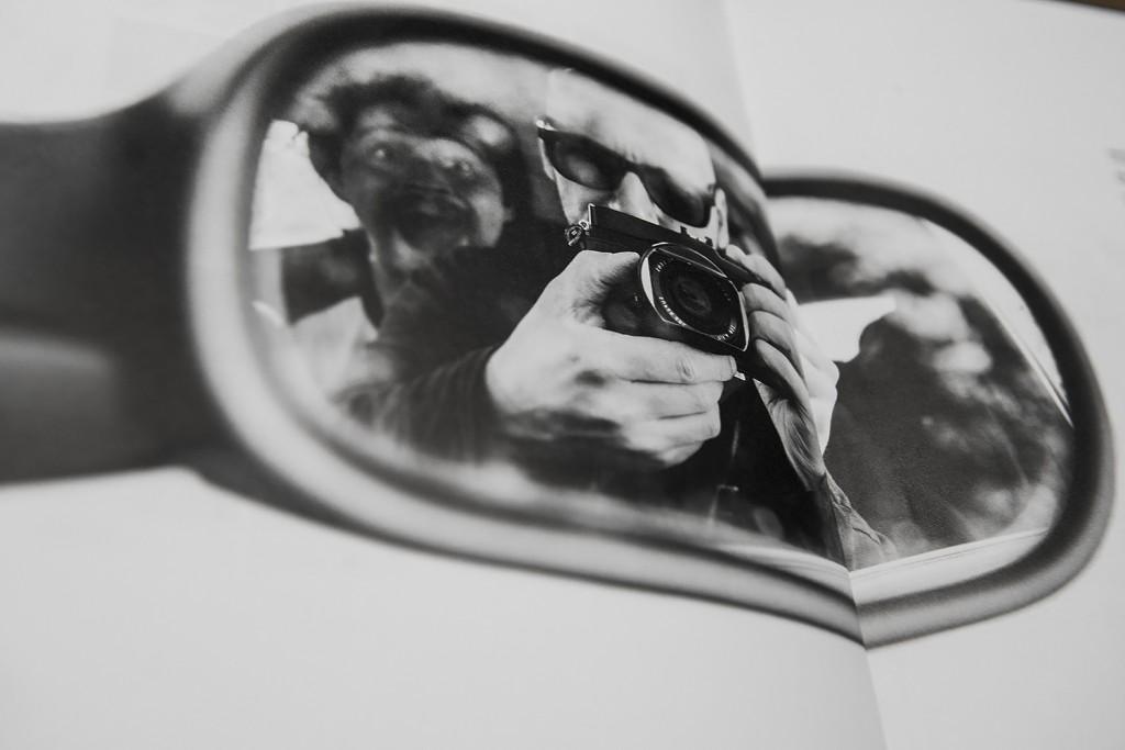 Rob-Rouleaux-Vans-Photobook-boek-selfie
