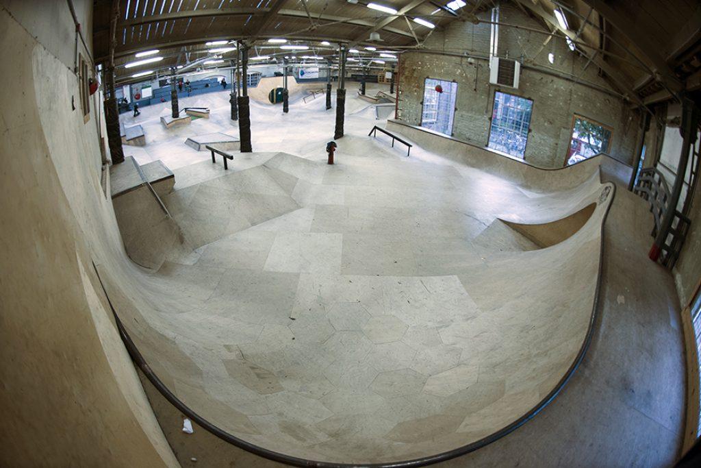 Ladybird-Skatepark-Tilburg-park-91