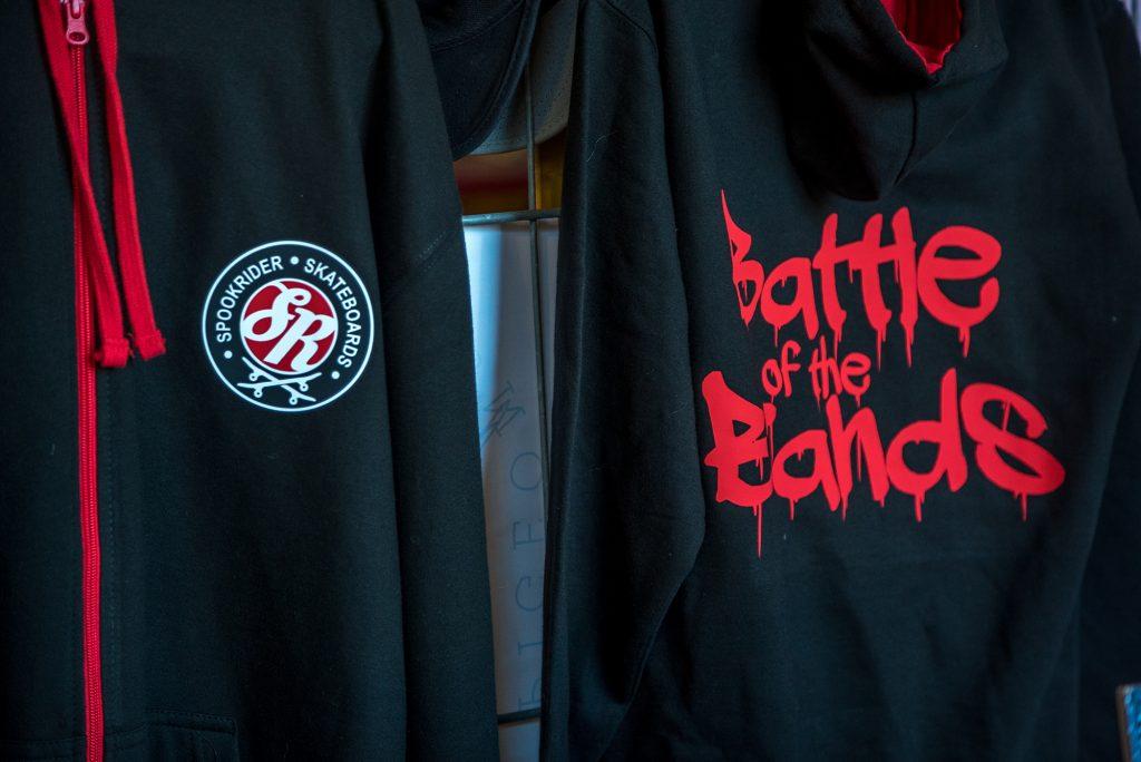 Spookrider had speciaal kleding voor Battle of the Brands gemaakt